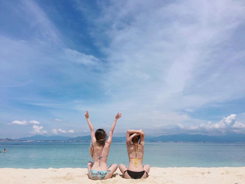 Bãi tắm đôi Nha Trang