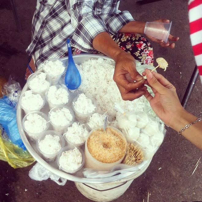 Bánh bòn bon: Món bánh quen ở Nha Trang gợi nhớ tuổi thơ