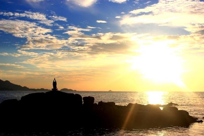 Đắm chìm vào vẻ đẹp hoang sơ của đảo Bình Ba Nha Trang