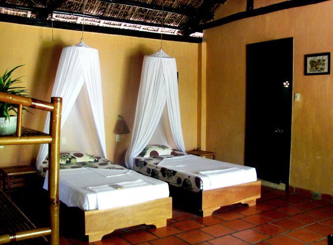"""Đến Nha Trang check-in Whale Island resort đẹp như """"tiên cảnh"""""""