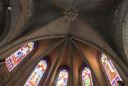 Kiến trúc Gothic độc đáo tại nhà thờ Chánh Tòa (nhà thờ núi) Nha Trang